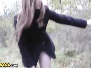 Czech amateur girl fucks in the forest for cash