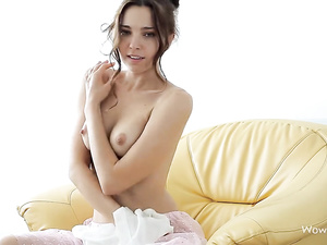 Flawless beauty Anita E exposed in softcore video