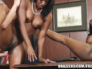 Ebony girls Jasmine and Diamond worship white cock