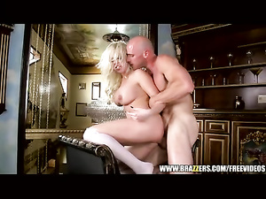 Curly blonde shows off awesome body and excites bald fucker