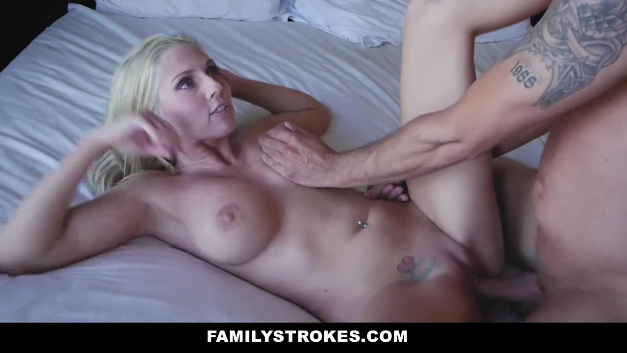 Blonde Milf Amateur Webcam