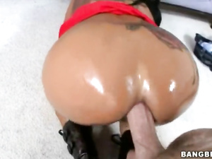 Brunette milf with hot tattoo on back loves hardcore anal fuck in doggy pose
