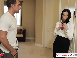 Horny brunette milf Kendra Lust seduces and enjoys hardcore fuck with stepson